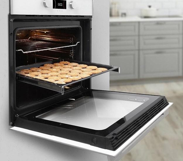 Lò nướng điện hiện đại