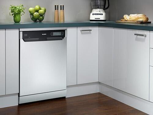 So sánh máy rửa chén bát độc lập Bosch serie 6 và serie 8 Bosch-nhan-hang-may-rua-chen-bat-duoc-chi-em-san-lung