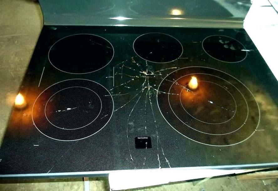 Nguyên nhân và cách xử lý khi mặt kính của bếp từ bị vỡ