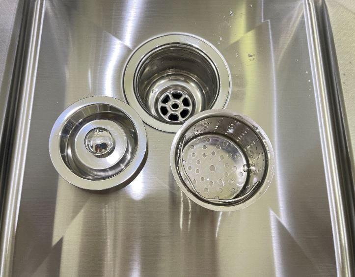 Chậu rửa chén bát Konox Overmount Series KN8245DO2