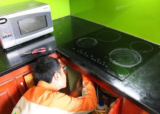 Dịch vụ sửa chữa bảo hành bếp từ chính hãng