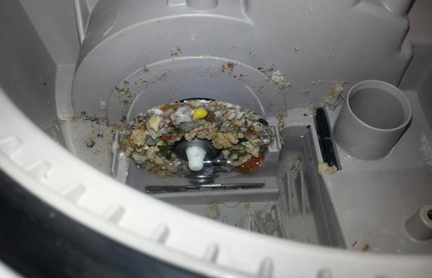 Cách xử lý máy rửa bát bị tắc