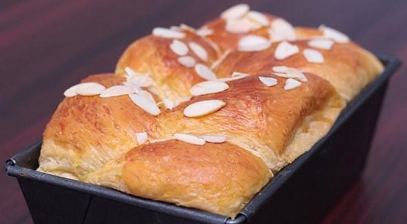 Làm bánh mì hoa cúc bằng lò nướng