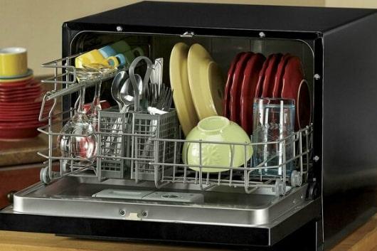 Máy rửa bát trung bình để được khoảng 12 chỗ