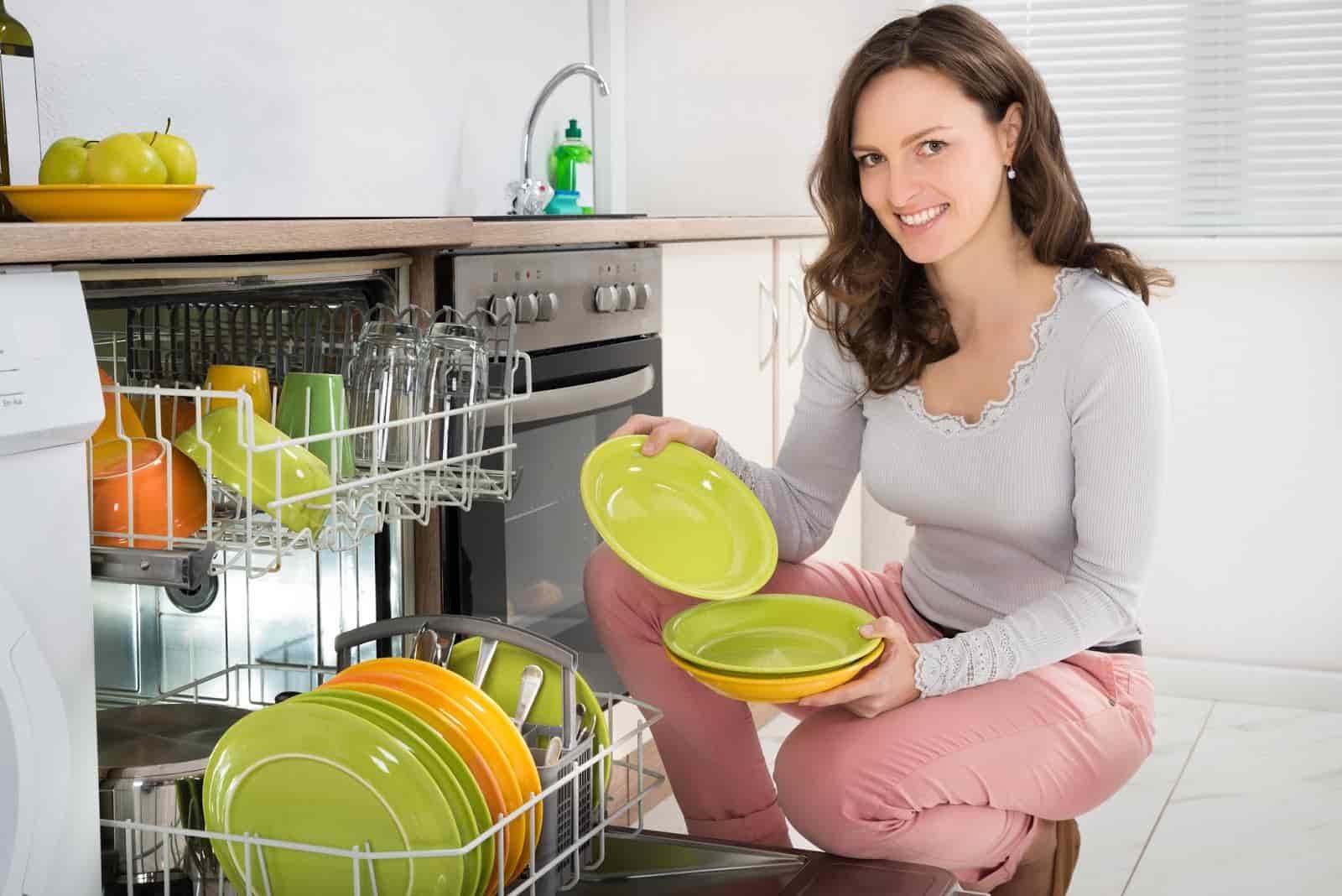 Những câu hỏi thường gặp về máy rửa bát