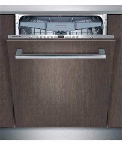 Cửa máy rửa bát âm tủ luôn được thiết kế đồng điệu với gian bếp