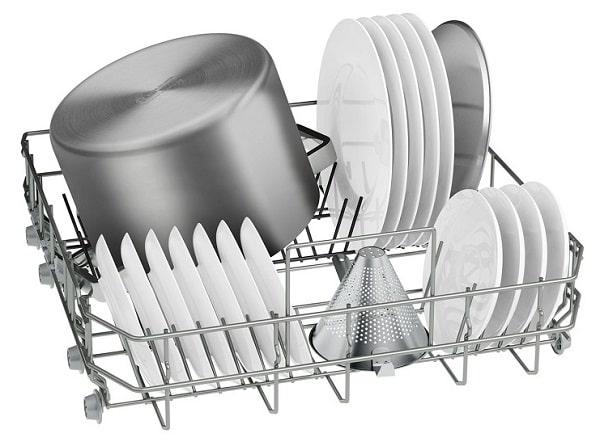 Các khay rửa bát linh hoạt, đựng nhiều bộ bát đĩa khác nhau