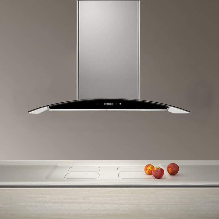 Máy hút mùi giữ cho căn bếp nhà bạn luôn thơm tho sạch sẽ