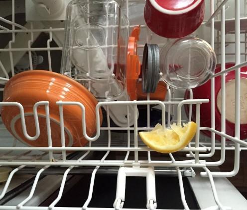 Tác dụng vỏ chanh, cam, bưởi với máy rửa bát