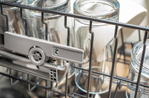 Xử lý tình trạng không làm khô cốc của máy rửa bát