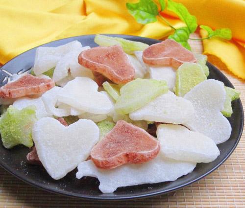 Mứt dừa luônlà ăn truyền thống ngày tết được ưa chuộng