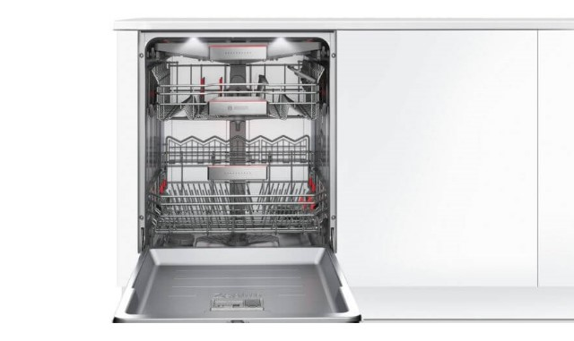 Máy rửa chén bát Bosch SMI88US36E tối ưu chứa đến 13 bộ chén bát đĩa