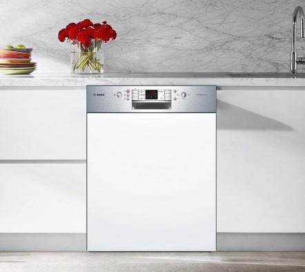 Cấu tạo máy rửa bát Bosch SMI58N85EU được giúp không gian bếp thêm sang trọng