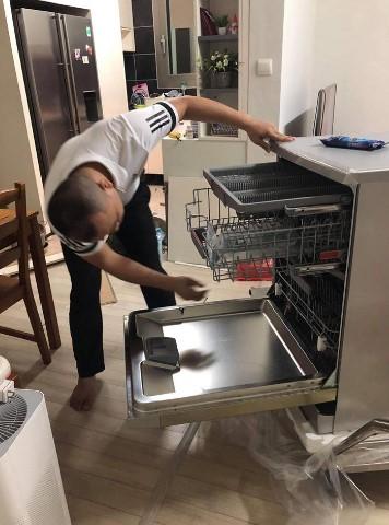 Mẹo dùng máy rửa bát