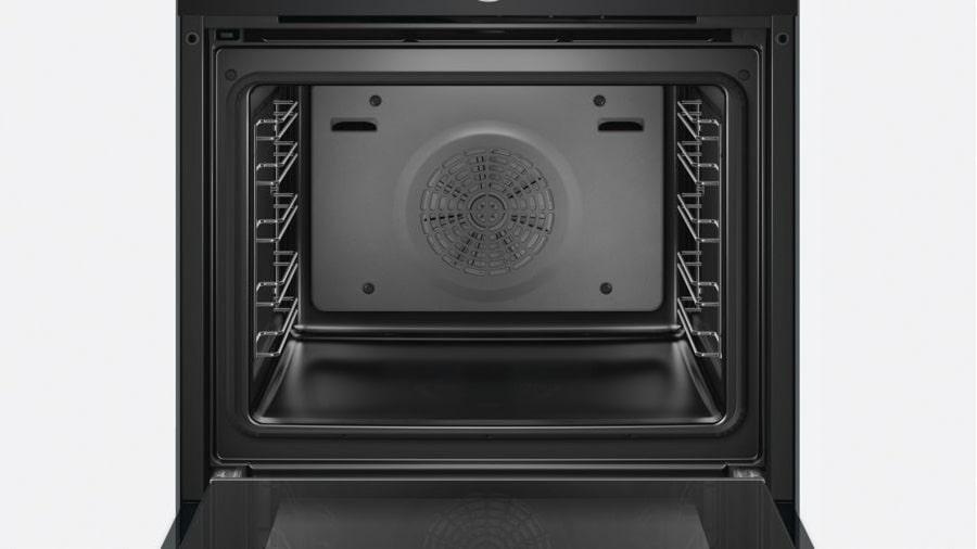 Hình ảnh bên trong khoang lò nướng Bosch HBG634BB1