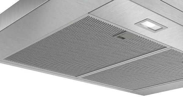 Hình ảnh bề mặt của máy hút mùi Bosch DWB77CM50