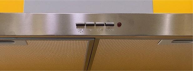 Máy hút mùi Teka DJ 950 có 3 mức công suất hút để người dùng lựa chọn