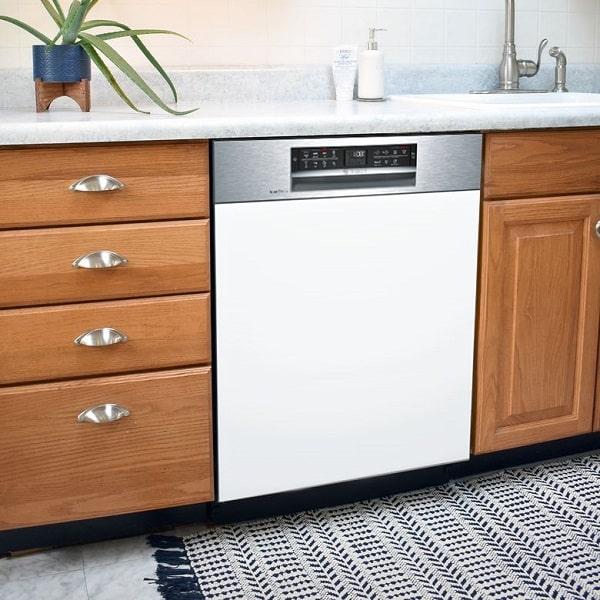 Máy rửa bát bán âm Bosch SMI68MS07E với thiết kế hiện đại