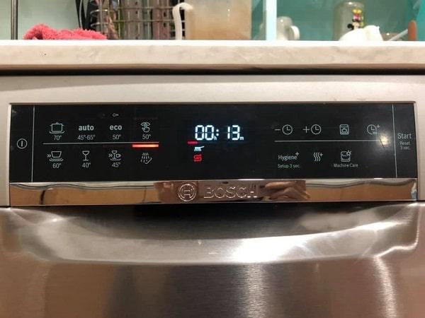Ảnh máy rửa bátBosch SMS68UI02E