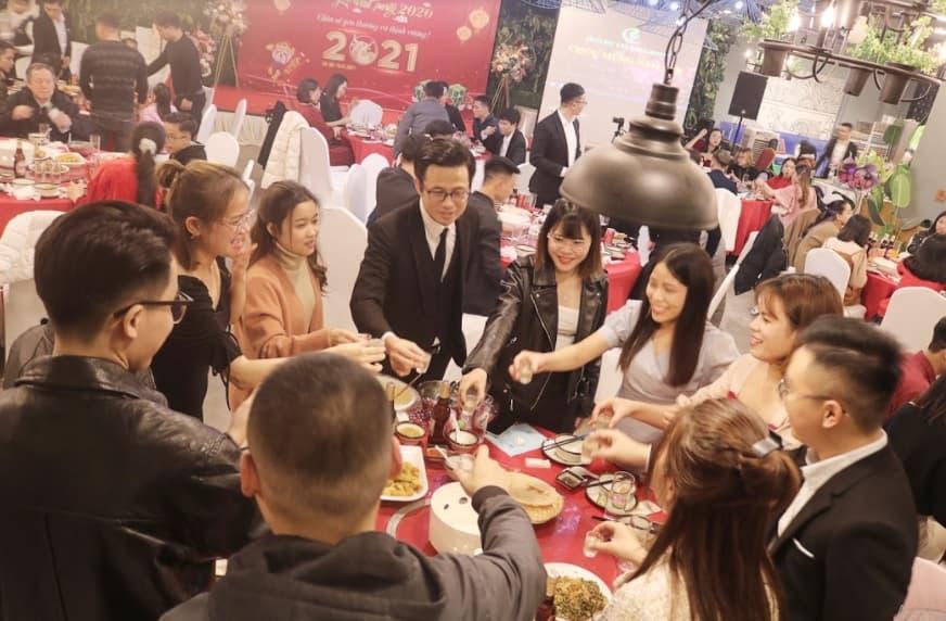 Tiệc tất niên bếp Hoàng Cương