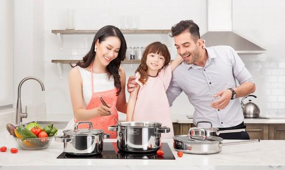 Người tiêu dùng Việt thích thú dùng thiết bị nhà bếp Ngoại nhập