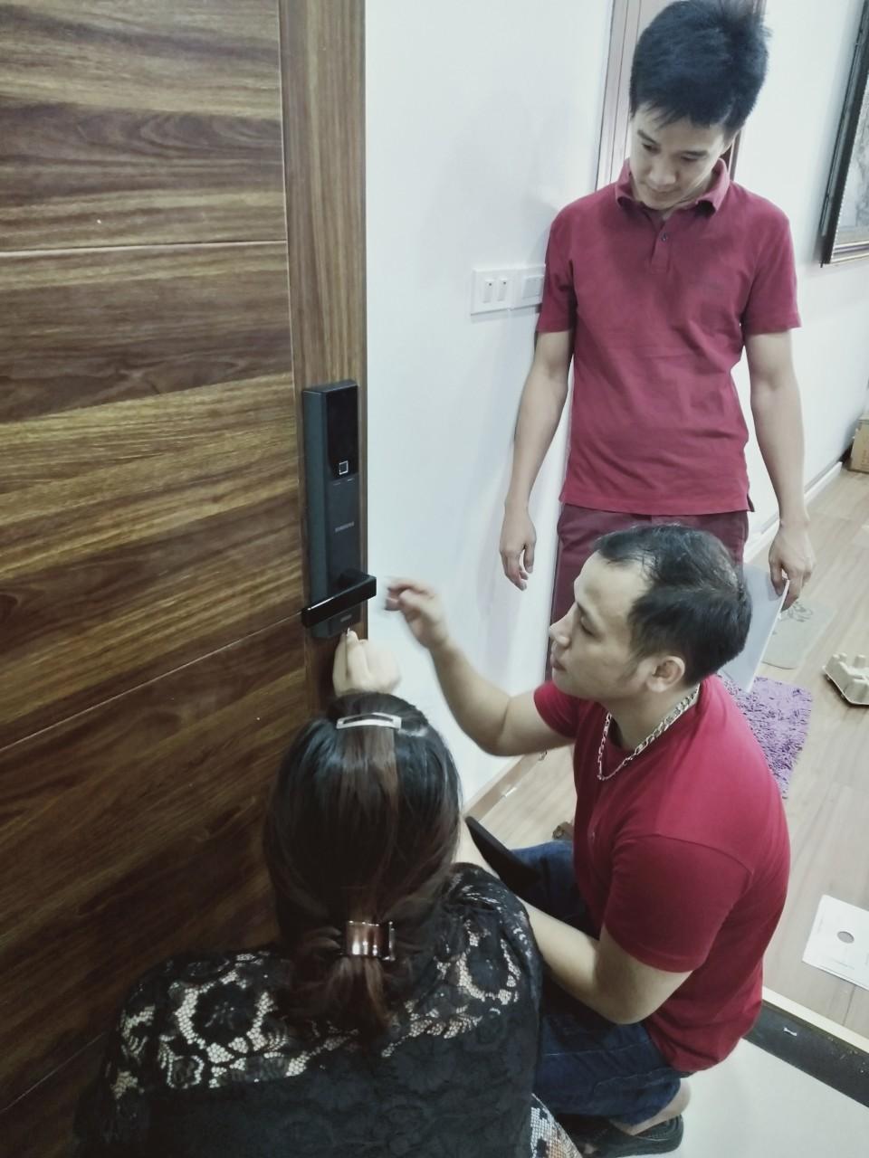 Đội ngũ nhân viên kỹ thuậtcủa Bếp Hoàng Cương có nhiều kinh nghiệm