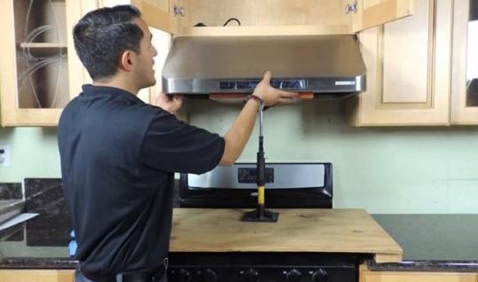 Qúa trình lắp máy hút mùi phải đảm bảo các tiêu chuẩn nêu trên