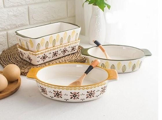 Khay nướng gốm sứ có thể dùng trong lò nướng
