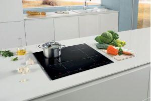 Bosсh PID651DC5Elà phiên bản bếp từ 3 vùng nấu