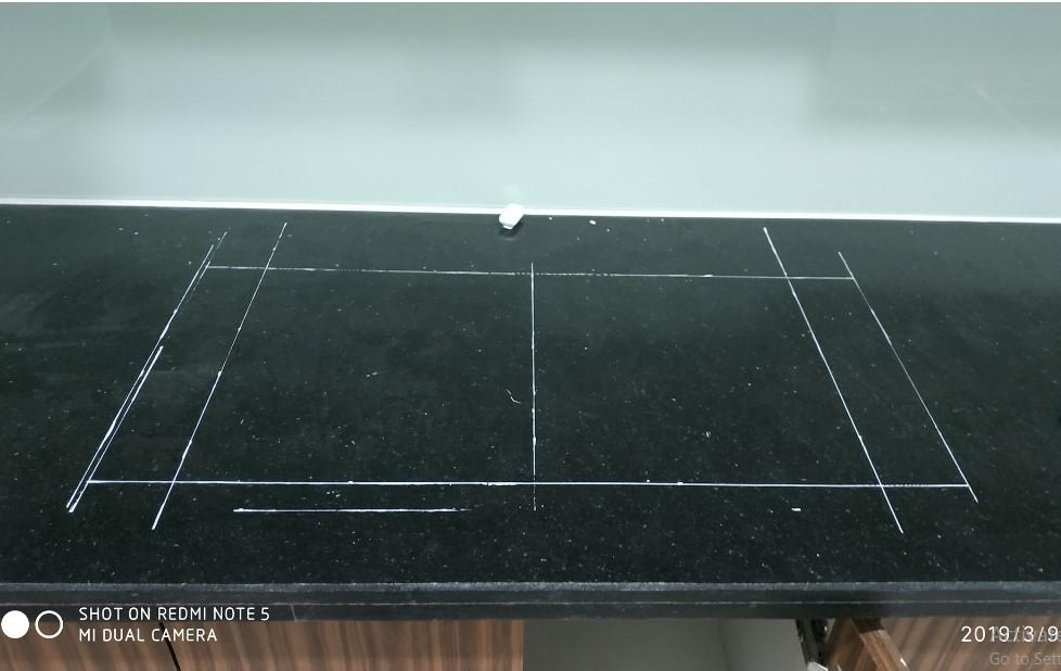 thực hiện đo kích thước bàn đá để lắp đặt bếp từ BoschPID775DC1E
