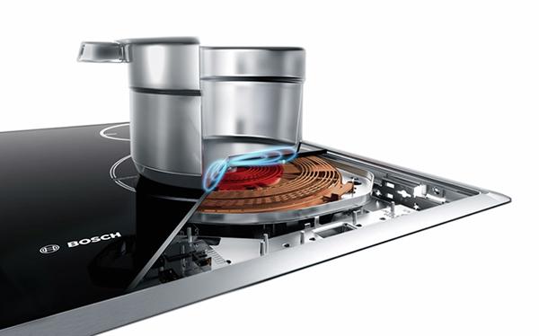 Bosch PUJ631BB2E nhận diện vùng nấu thông minh