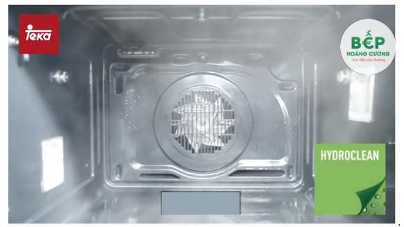 Vệ sinh lò nướng bằng công nghệHydroclean® PRO