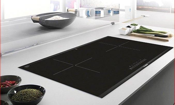 Hình ảnh bếp từBOSCH PPI82560MS nhập khẩu chính hãng bởi Bếp Hoàng Cương