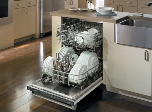 Máy rửa bát là trợ thủ đắc lực cho người nội trợ, giải phóng sức lao động