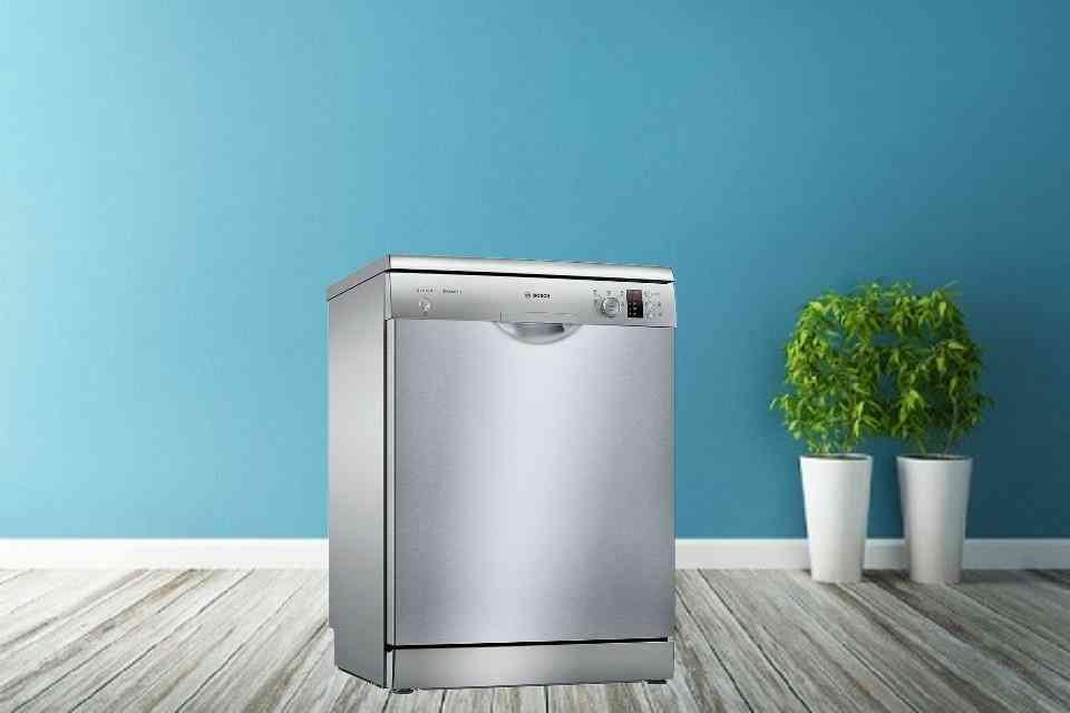 Máy rửa bát độc lập kiểu dáng sang trọng cho căn bếp