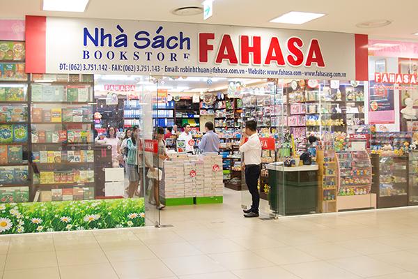 Nhà sách Fahasa – điểm đến lý tưởng cho cha mẹ và bé