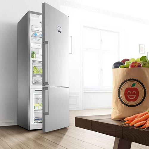 Cửa tủ đóng không khít là một trong những nguyên nhân dễ dẫn đến tủ lạnh không làm được đá