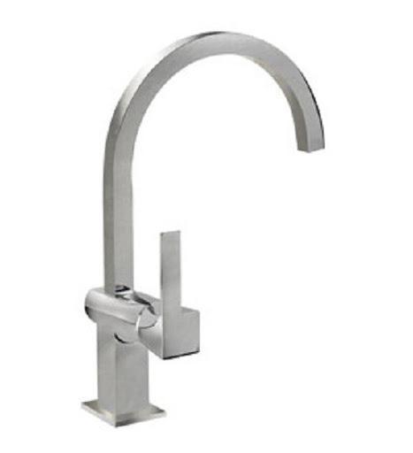 Vòi rửa bát Teka Cudro thiết kế tinh xảo với phong cách bán công nghiệp nên rất được ưa thích